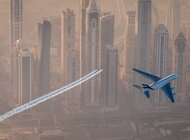 Wyjątkowy lot samolotu A380 linii Emirates oraz duetu Jetman Dubai
