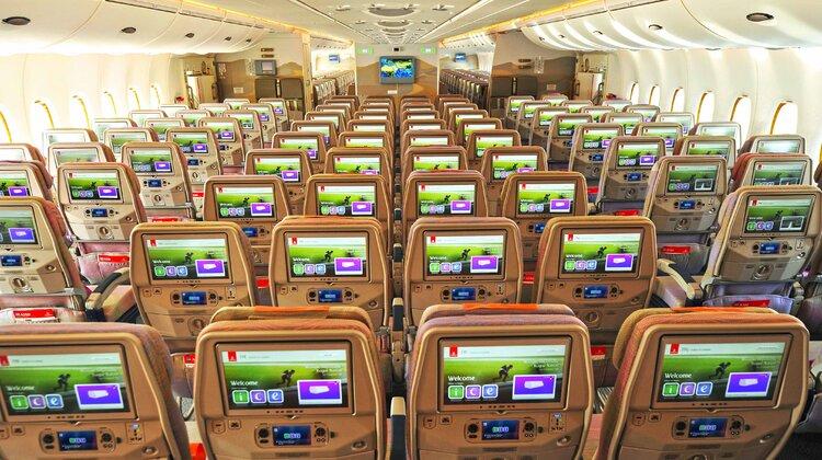 Dwuklasowy A380 Emirates przewiózł już ponad 220 000 pasażerów