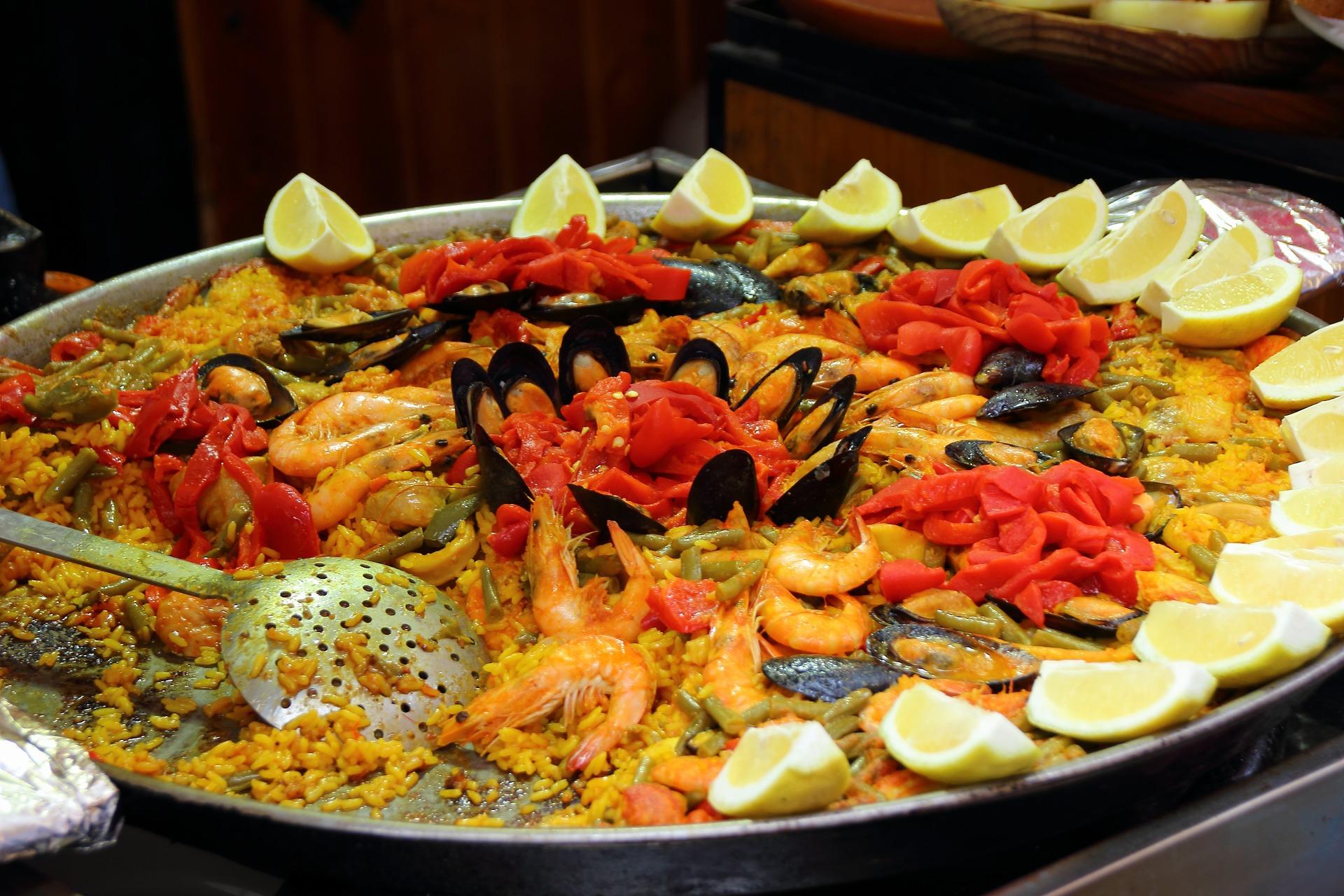 Paella z owocami morza – Zapamiętaj smaki wakacji z Appetitą
