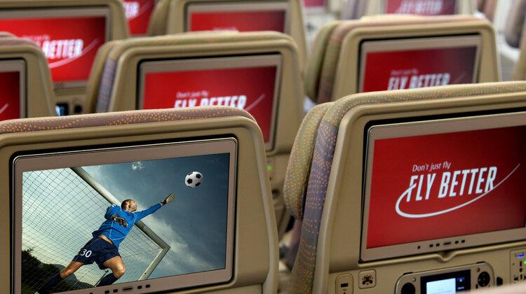 """Linie Emirates stworzą """"podniebny stadion"""", udostępniając transmisję na żywo z finału tegorocznej Ligi Europy i Ligi Mistrzów"""